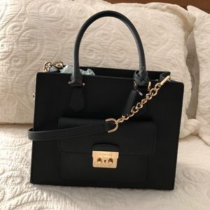 Michael Kors Bags - Michael Kors Bridgette Black Leather Tote
